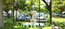 La Plaza del Centenario recupera las fuentes, otro de sus atractivos