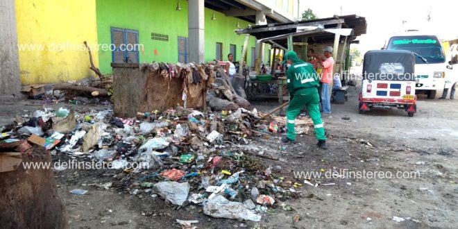 Las basuras en el Mercado de Ciénaga no se recogen a tiempo, denuncian comerciantes