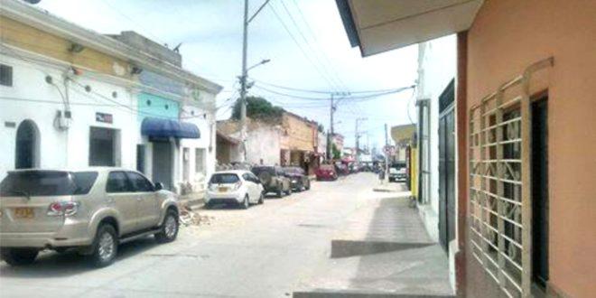 El estacionamiento arbitrario: 'dolor de cabeza' para los vecinos del palacio de justicia