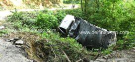 Vehículo cargado de plátano se volcó en la vía San Pablo-San Pedro de la Sierra