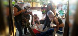 """Mujeres lloran la muerte de """"Joselito"""" y se despiden del carnaval"""